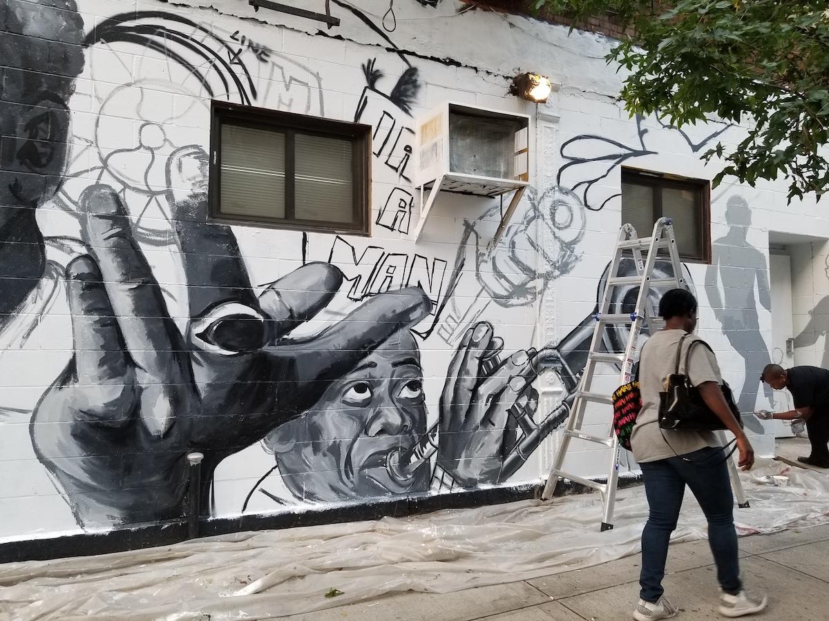 I am Harlem mural