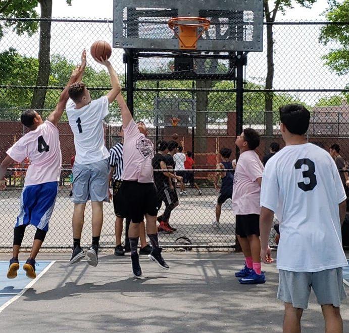 thrive sports basketball game