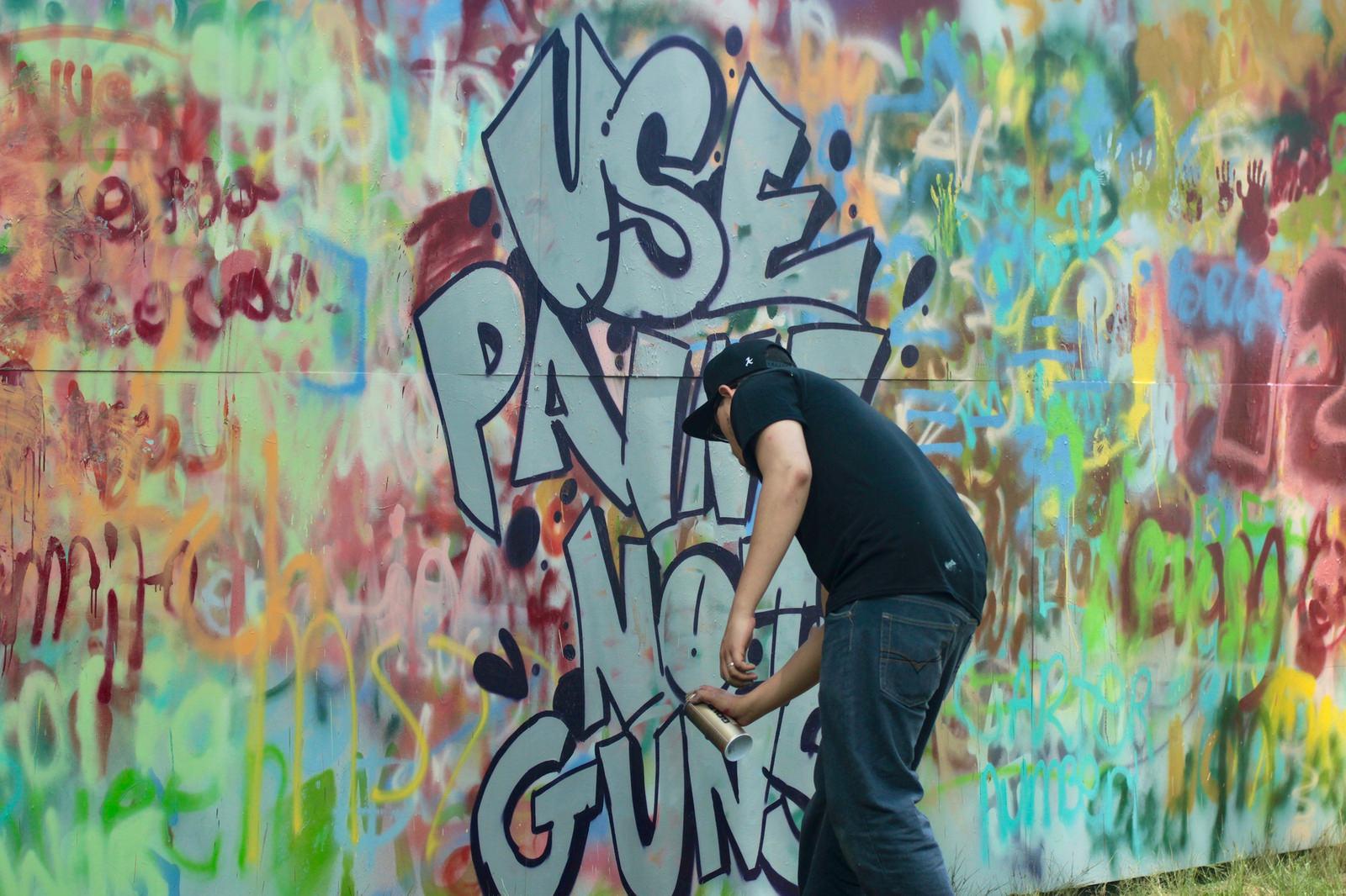 use paint not guns spray painting